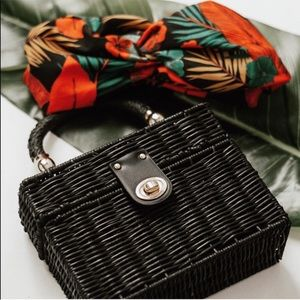 GORGEOUS BLOGGERS FAVORITE ZARA Black Natural Bag